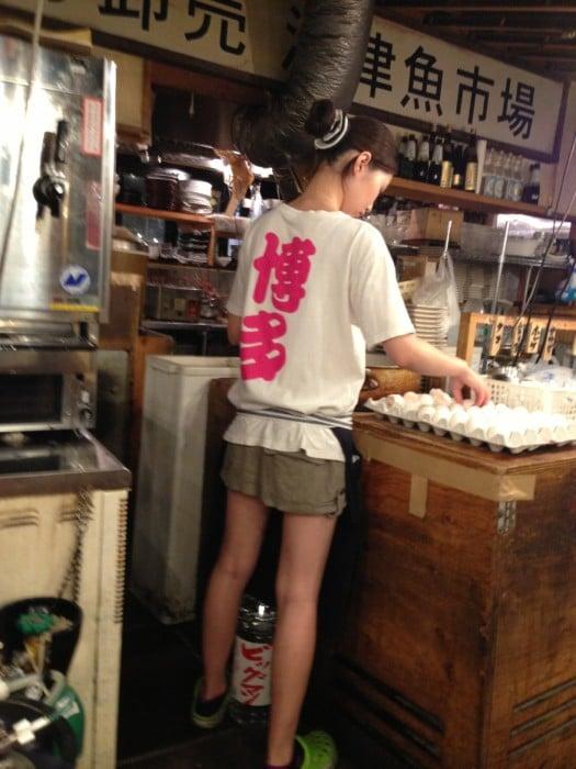 งานเสริมนักศึกษา เสิร์ฟอาหาร งานเสริมรายได้ดี ติปเยอะ อายุ18 กทม