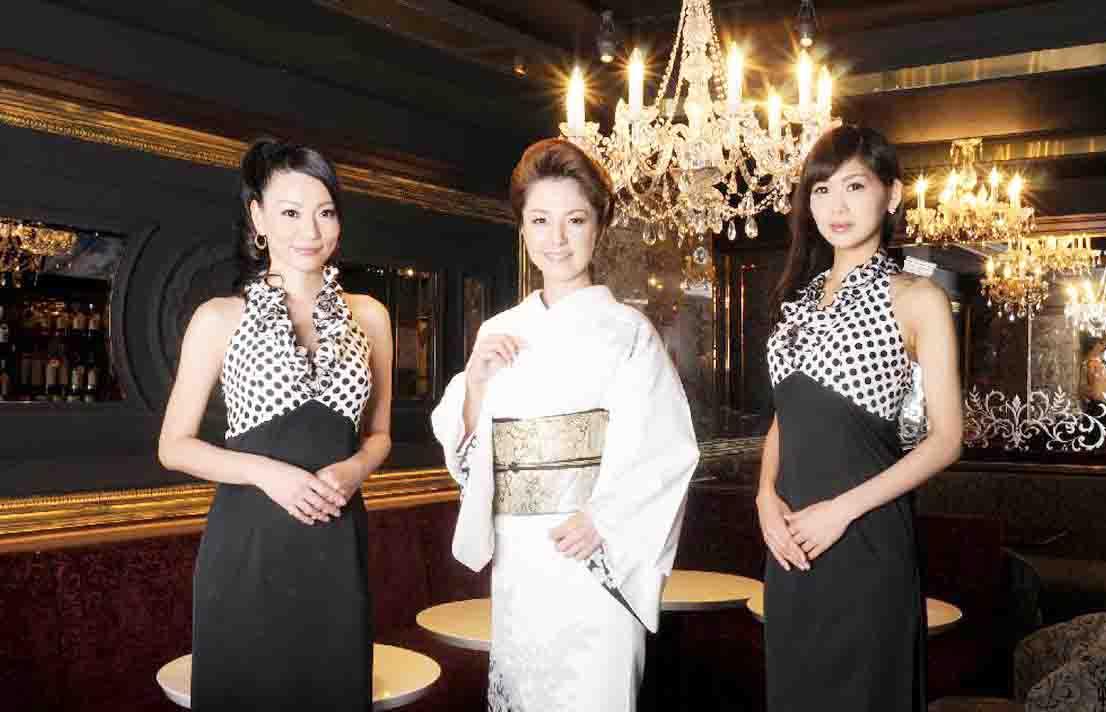 สมัครงานไกด์ญี่ปุ่น งานภาษาญี่ปุ่น งานดูแลลูกค้าญี่ปุ่น หางานร้านคาราโอเกะ