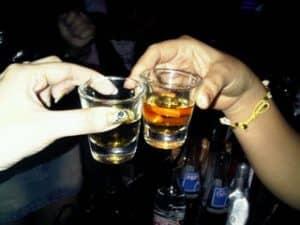 ดื่มกันค่ะ